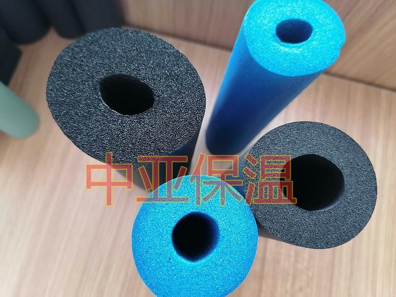 橡塑保温材料为什么适合做成橡塑保温管