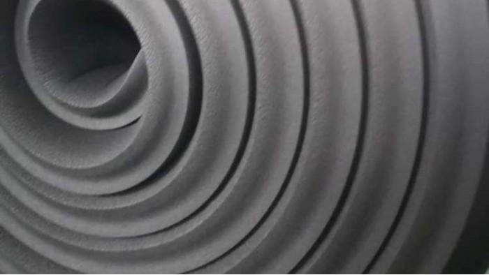 难燃B1级闭孔橡塑保温板的价格