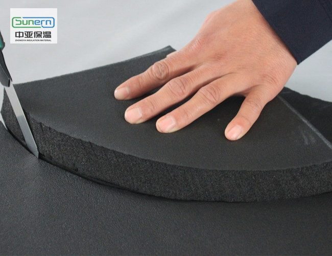 裁剪橡塑保温板