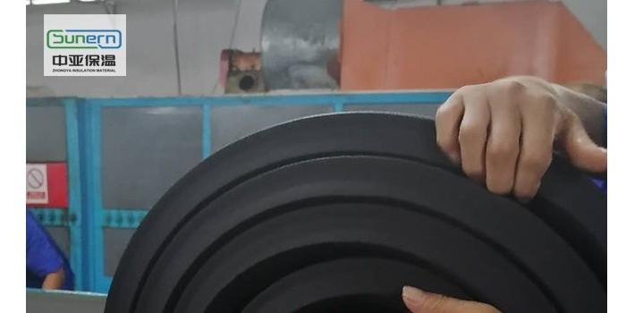 大量批发优质b1级橡塑保温板