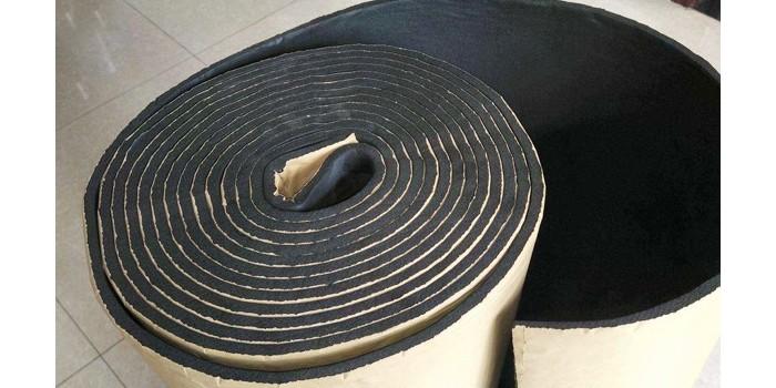 自粘橡塑保温板