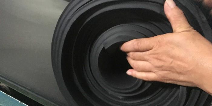 绝热泡沫保温板有哪些?橡塑保温板有什么不一样