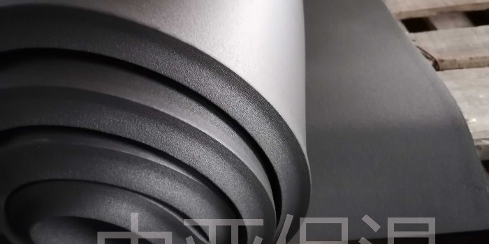 机房地面铺设活动地板选橡塑保温板,理由是什么?