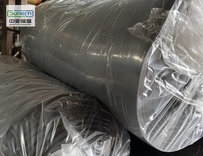 中亚保温生产的橡塑保温板