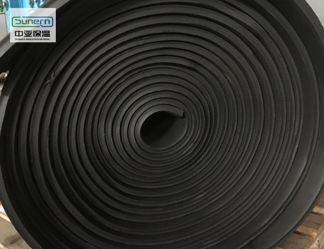 耐高温橡塑保温板