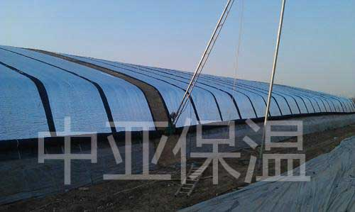 屋顶铝箔橡塑保温材料