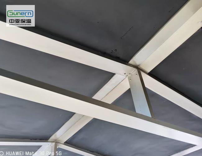 橡塑保温板用在屋顶隔热