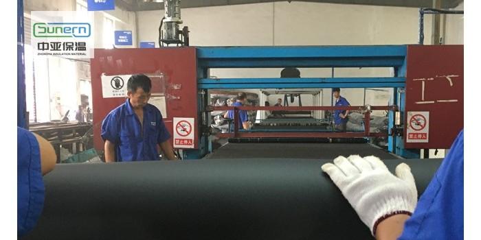 橡塑板厂家橡塑保温板供货商
