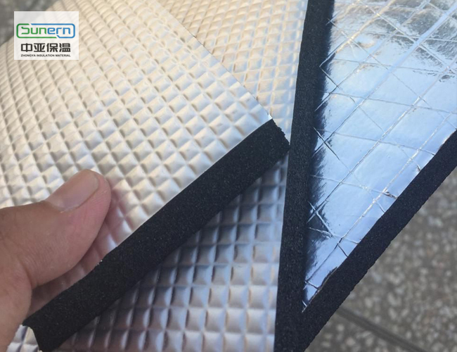 贴铝箔橡塑保温板