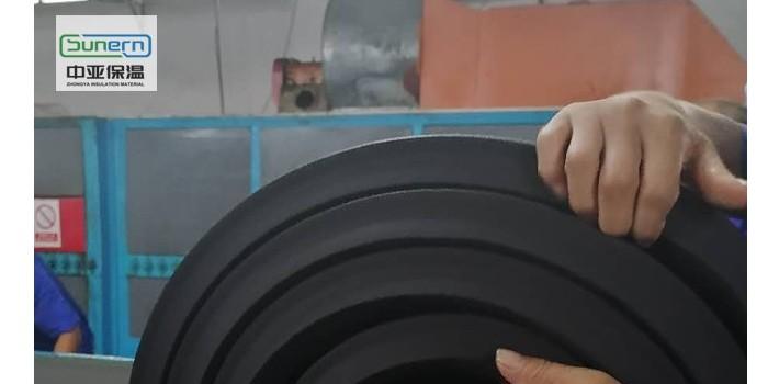 厂家批发b1级橡塑保温板