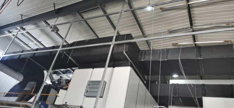 中亚保温材料用在华美光电车间风管上