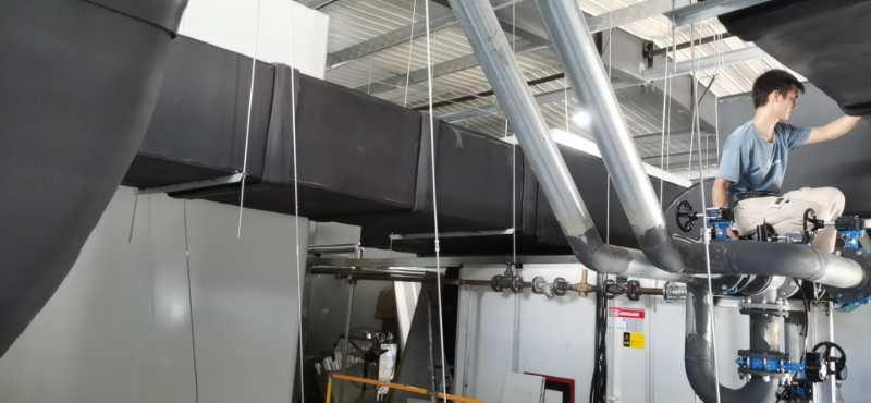 中亚保温材料用在华美光电车间管道上
